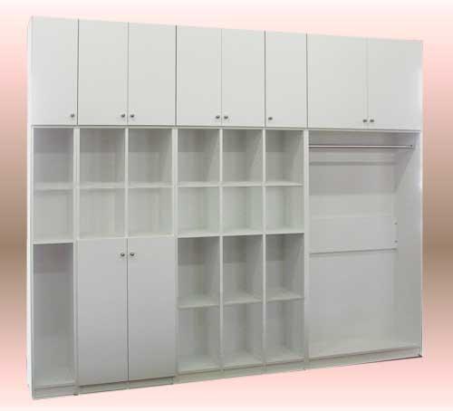 壁いっぱいの、業務用システム棚で、業務の効率化をはかる。GT-012-50.jpg