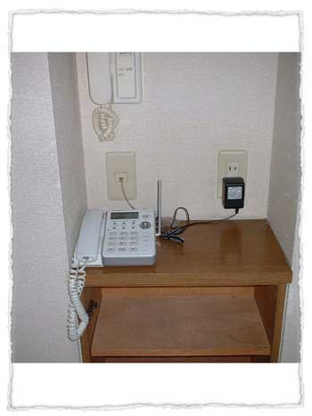 S玄関の電話台。B-014B-30.jpg
